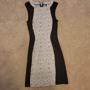 Black and White Dress DIVIDED by H&M Size 4